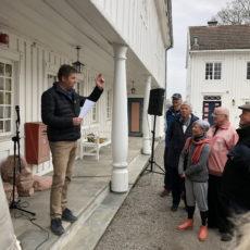 Omfattende planer for Åker gård.